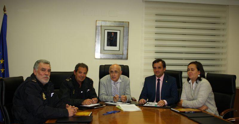 09-11-2017 Reunión Colegio Médicos Cáceres y Policia- Agresiones