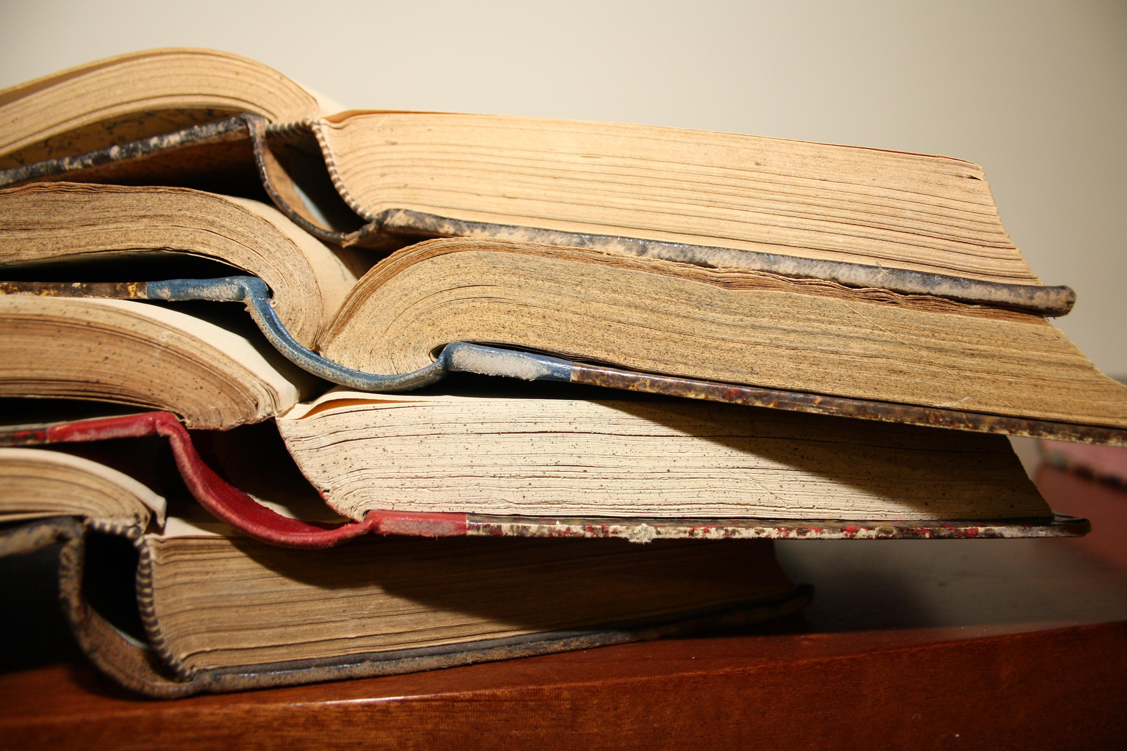 Libros Antiguos 7 Ilustre Colegio Oficial De Médicos De Cáceres