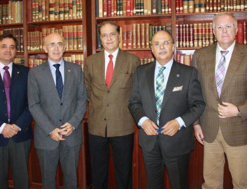 Representantes del Colegio de Médicos de Cáceres y del Consejo de Colegios Profesionales de Extremadura se reúnen con  el Jefe Superior de Policía y el Teniente Coronel de Operaciones de la región para potenciar la figura del Interlocutor Policial Sanitario