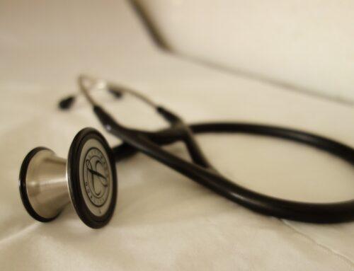 Los médicos jóvenes exigen que la crisis sanitaria no recorte la formación de los futuros especialistas