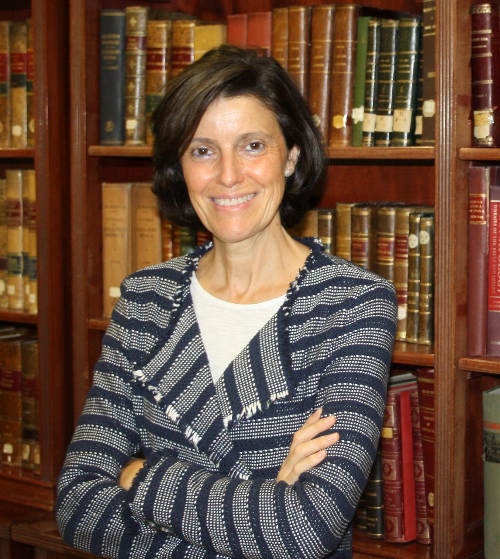 Dra. Dª. Amparo Gómez Espárrago